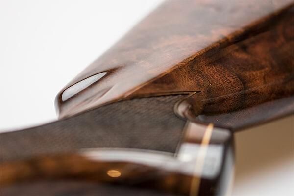 Premium wood gunstock high gloss finishing