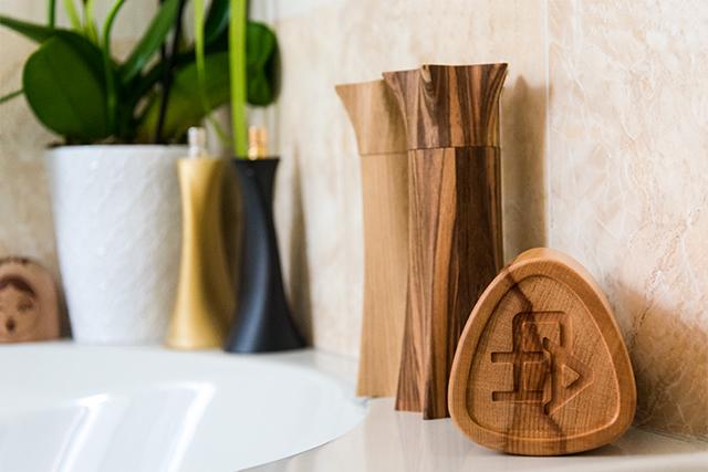 custom made wooden luxury packaging